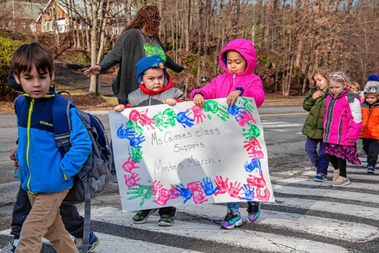 AEL students participate in Montes March